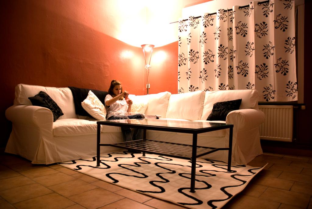 http://djletho.free.fr/images/maison2/salon.jpg